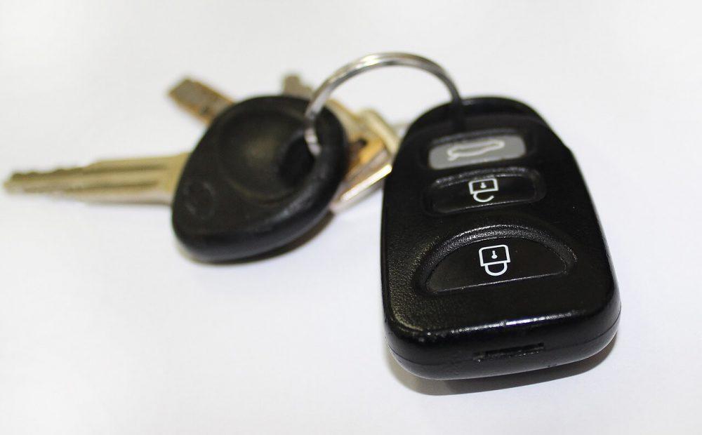 kredyt_na_samochod_podpowiadamy_jakie_formalnosci_trzeba_spelnic_by_go_dostac